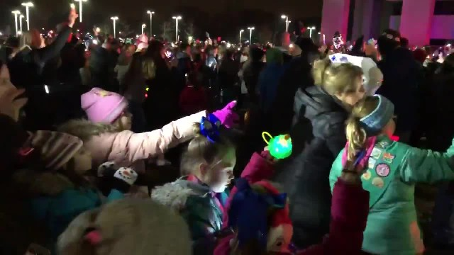 People Gather Outside This Children's Hospital with Lights Every Night in December