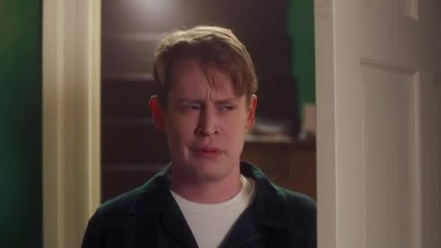 Nearly 30 Years Later, Macaulay Culkin Recreates 'Home Alone' And The Internet Is Going Nuts