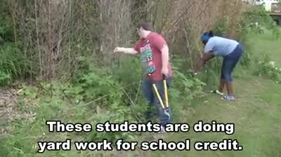 Iowa school giving students PE credits for helping elderly, people with disabilities do yard work