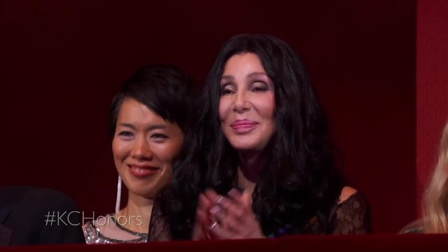 Cyndi Lauper Honors Cher Singing Her Most Iconic Hit As Stars In Audience Surge From Their Seats Dan