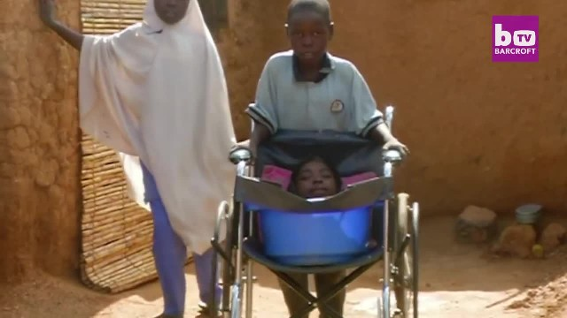 Photo Of A Girl Who Lives In A Bucket Went Viral. Here's The Real Story Behind It