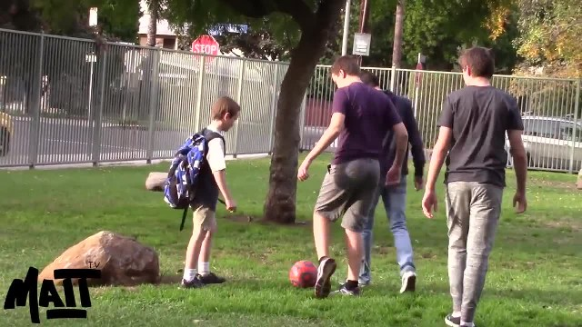3 Teens Bully Young Boy At Park, Pay Attention To The Man On The Bench's Quick Response
