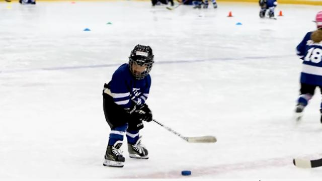 Dad mic'd up his 4-year-old at hockey practice. It's as cute as it sounds