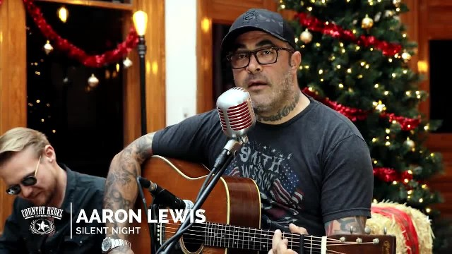 """AARON LEWIS BREATHES NEW LIFE INTO CENTURIES-OLD """"SILENT NIGHT"""""""