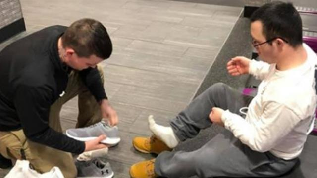 Gym manager's act of kindness for man with down syndrome goes viral