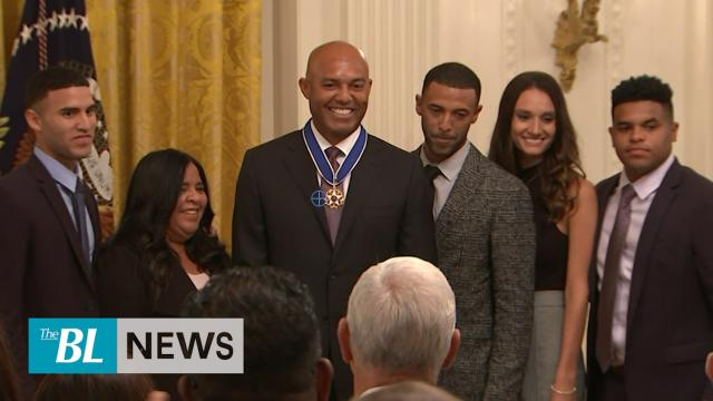 Trump gives Medal of Freedom to Mariano Rivera
