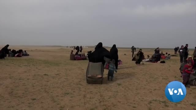"""Islamic State Families in Syria Flee Group's Last Stronghold as """"Caliphate"""" Fights to Death"""